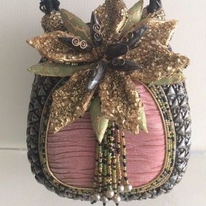 New Mary Frances Pink Gold Pineapple purse